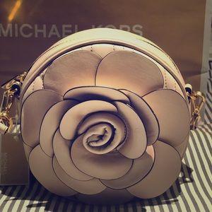 Michael Kors Vivianne Canteen Crossbody Bag